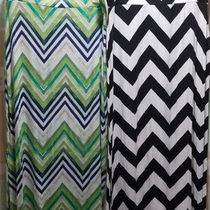 Lot of 2 maxi skirts